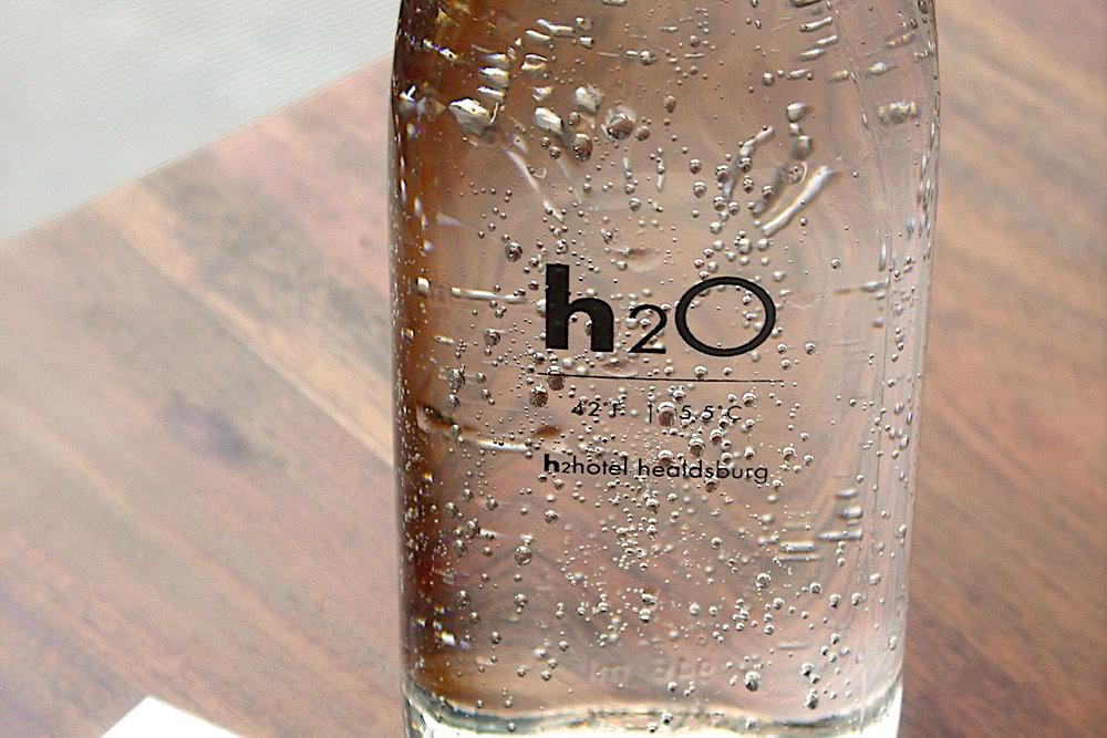 Es recomendable beber agua hidrogenada